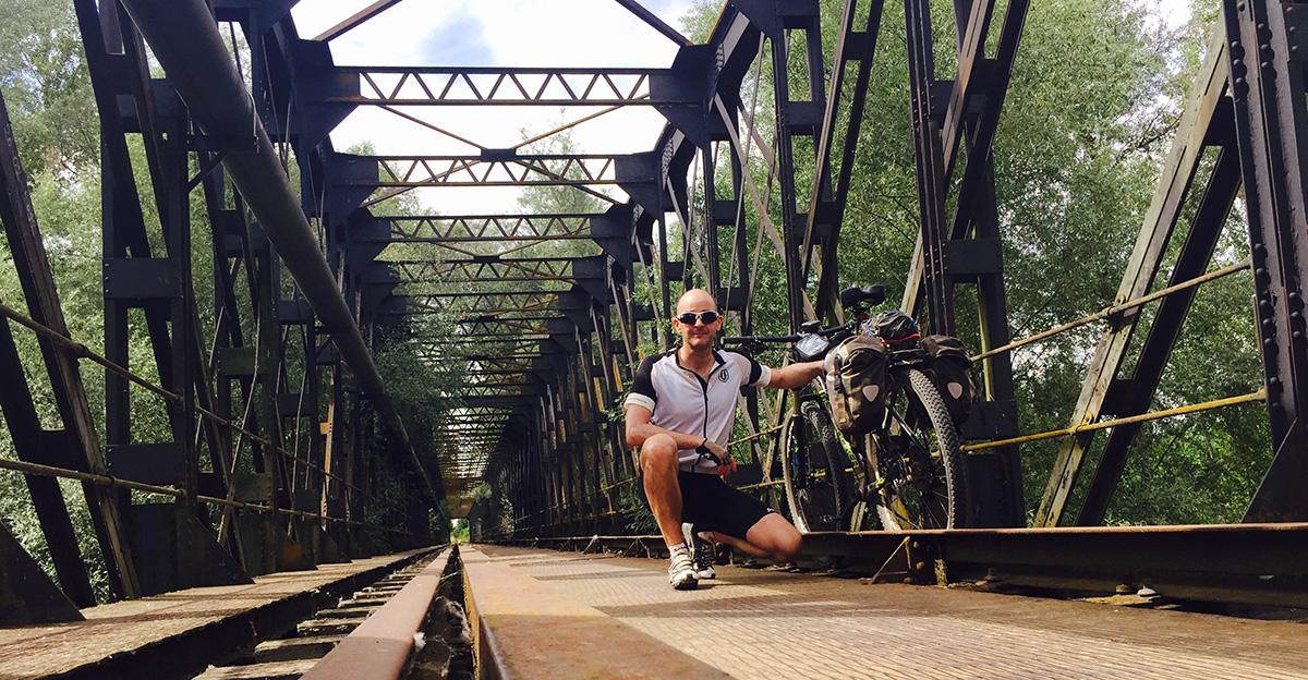 puente de hierro benavente ruta de la plata