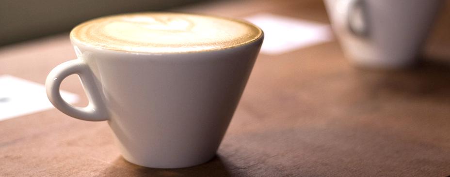 tomar un cafe con uno mismo