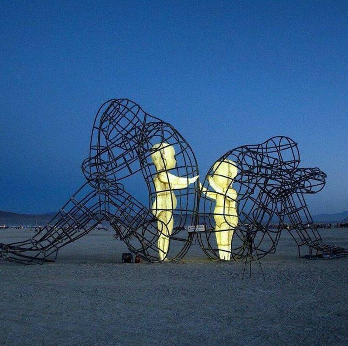 escultura ninos